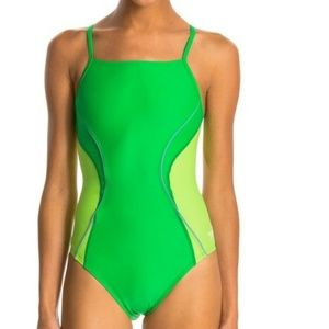 Speedo PowerFLEX Eco Revolve One Piece. Sz 26